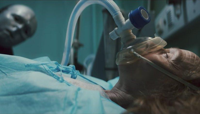 Silence, on braque un hôpital!